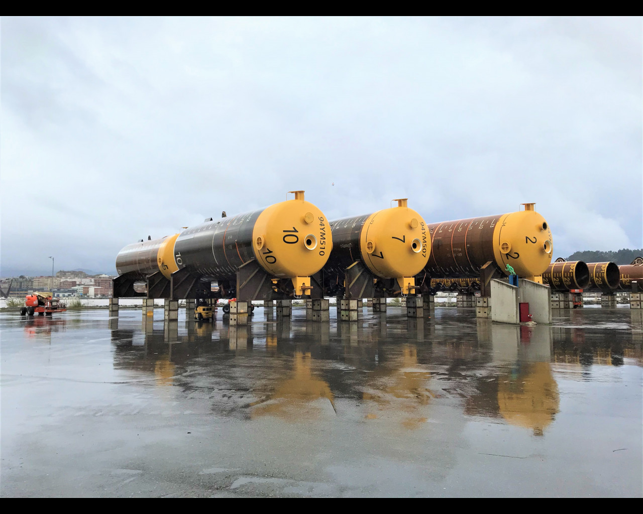 15 Suction Mooring piles